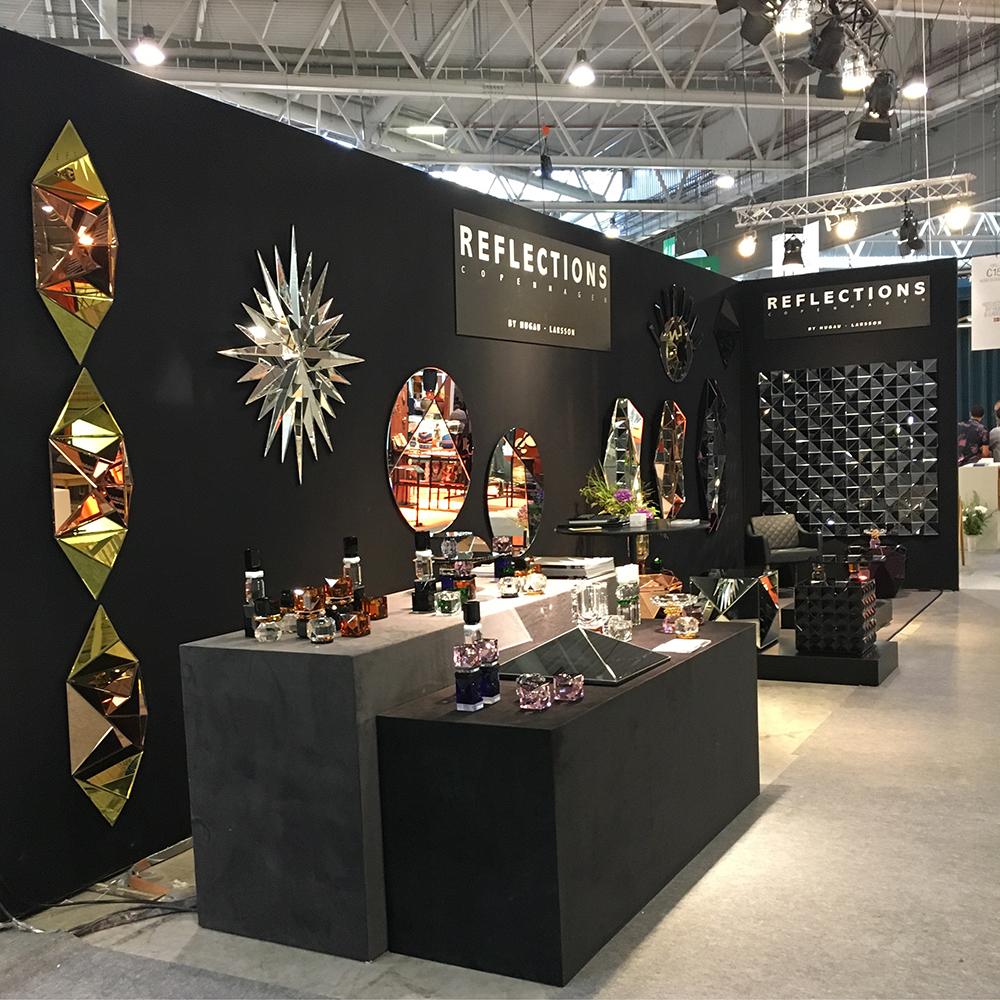 Effet de miroir garanti sur le stand de Reflections by Hugues & Larsson