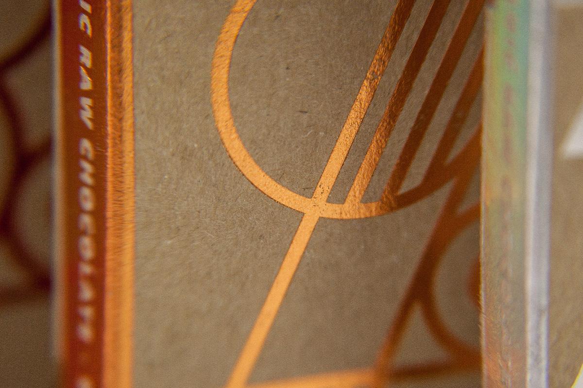 Packaging : Crude par le studio Happycentro