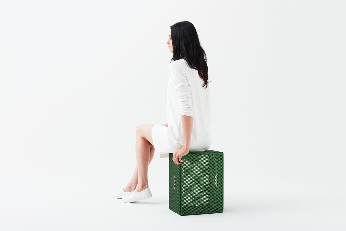 Mirage, le tabouret par Mikiya Kobayashi