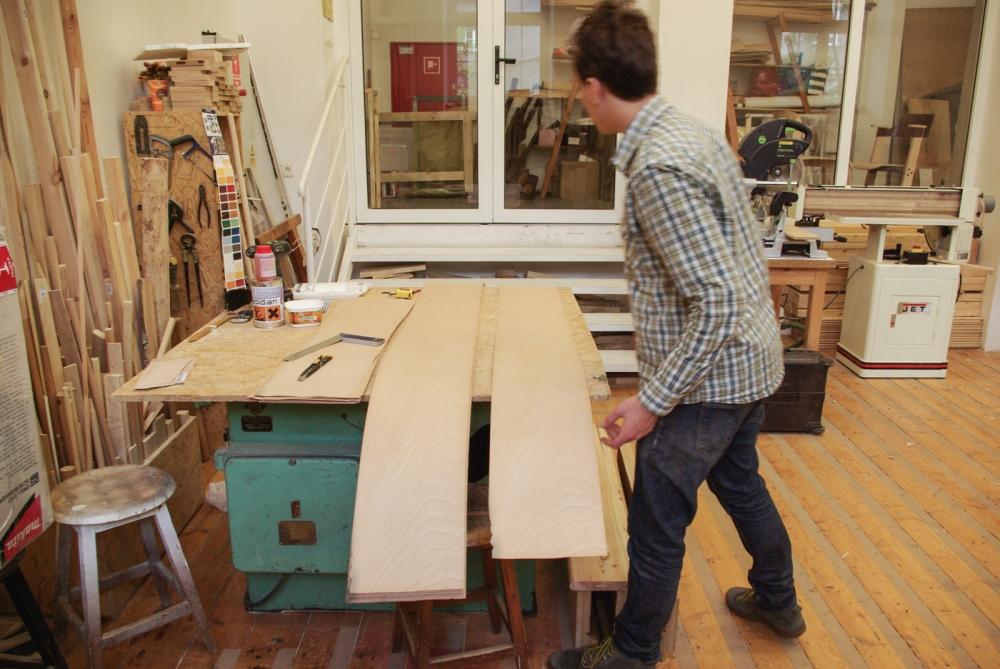 Profil, la gamme de mobilier de Wojtek Tomaszewski