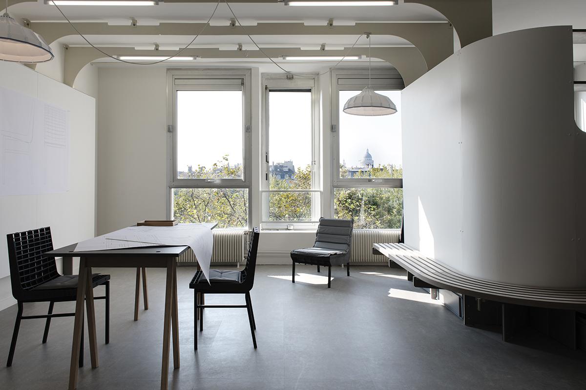 ateliers logements de la cit internationale des arts par simon morville et l 39 atelier js l. Black Bedroom Furniture Sets. Home Design Ideas