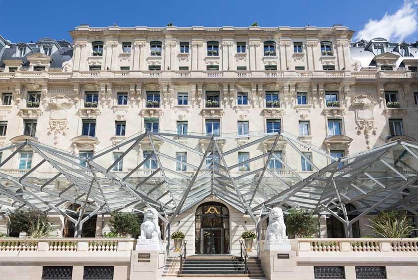 artwork LiLi - TEXTILE ÉCLAIRANT Hôtel Peninsula Paris