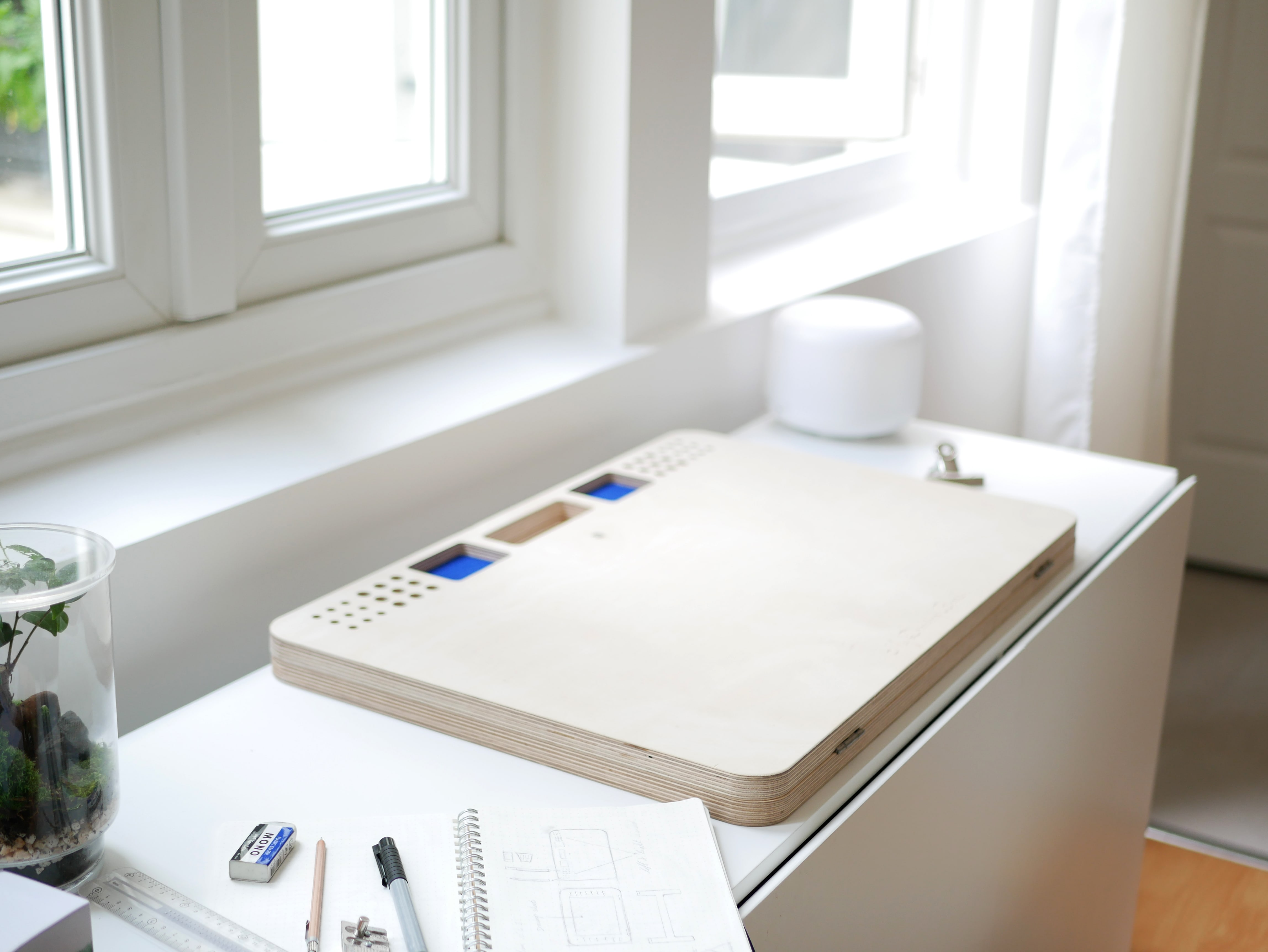 My Drawing Board la table à dessin par Benjamin Benais