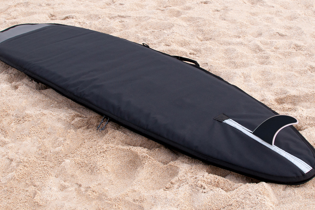 Tide x Otter, le projet de planche de surf en bois de Martin Spurway
