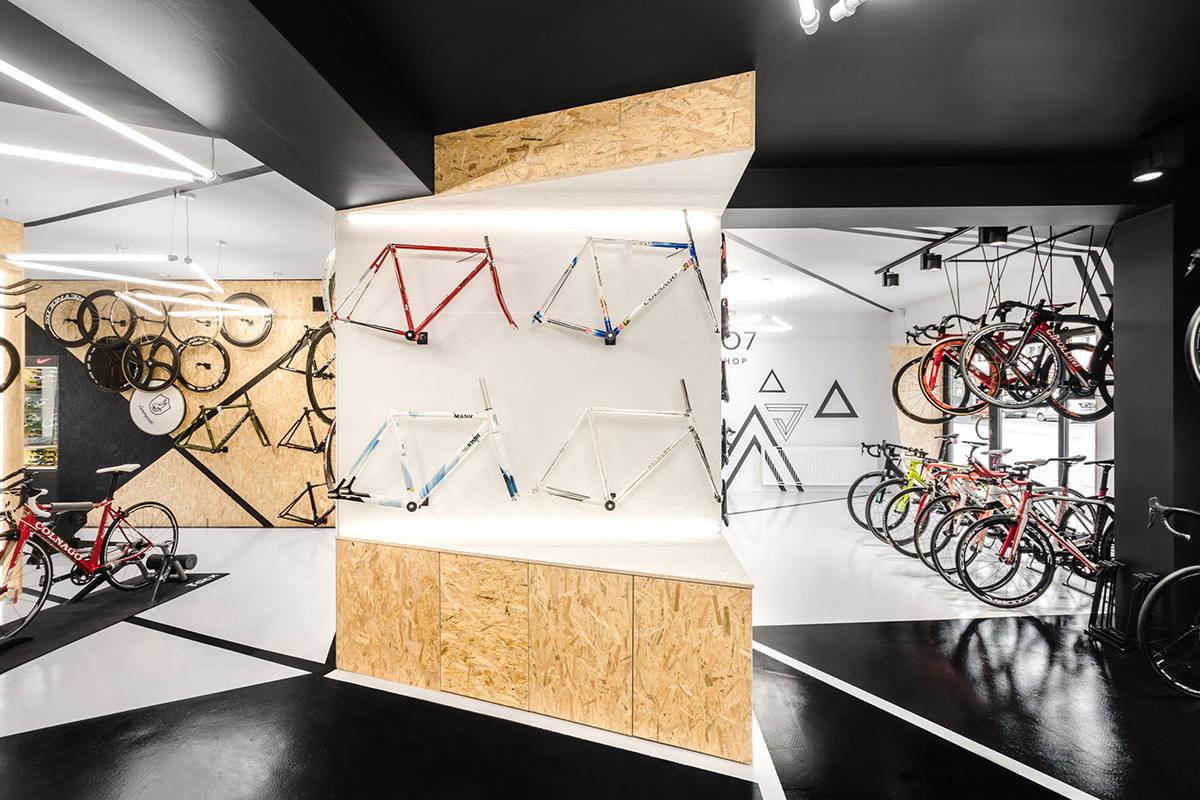 Velo7, une boutique-atelier réalisée par le studio d'architecture mode:lina