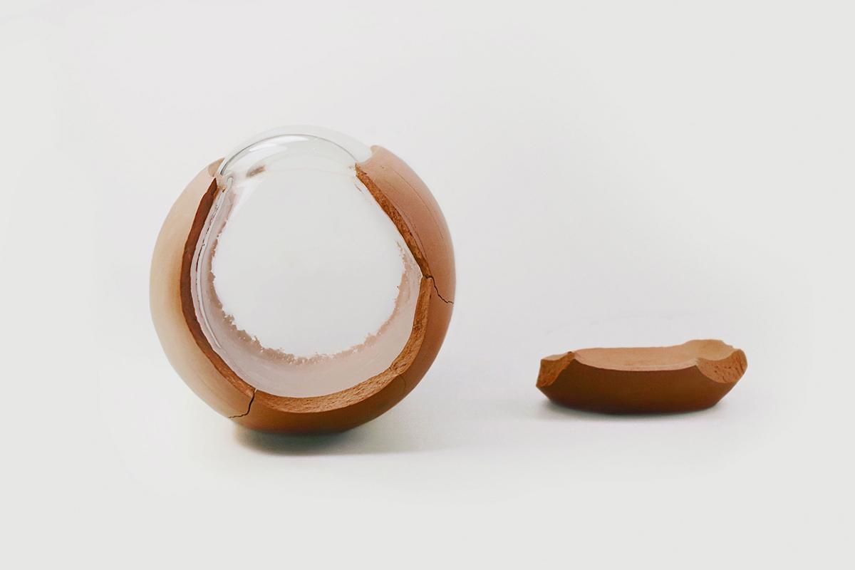 In-Between, le projet de Heidi Jalkh qui marie le verre et la céramique