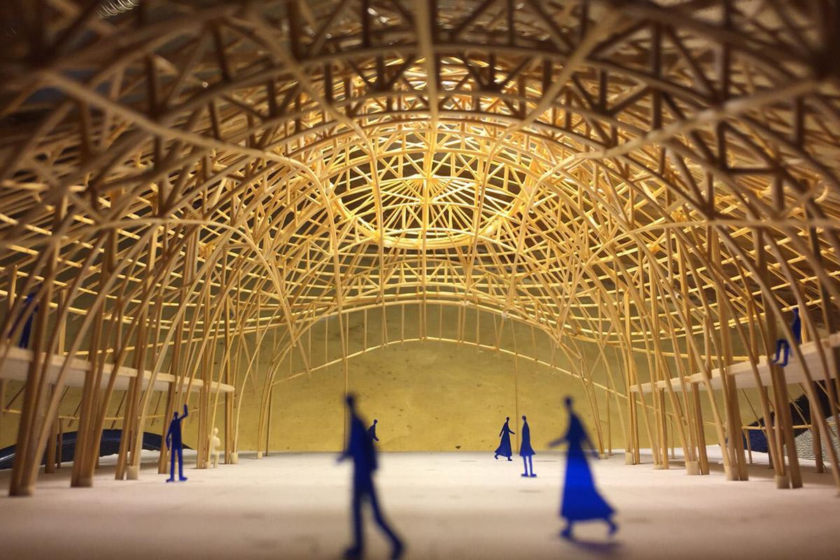 La salle de sport construite en bambou de la Panyaden School signée Chiangmai Life Construction