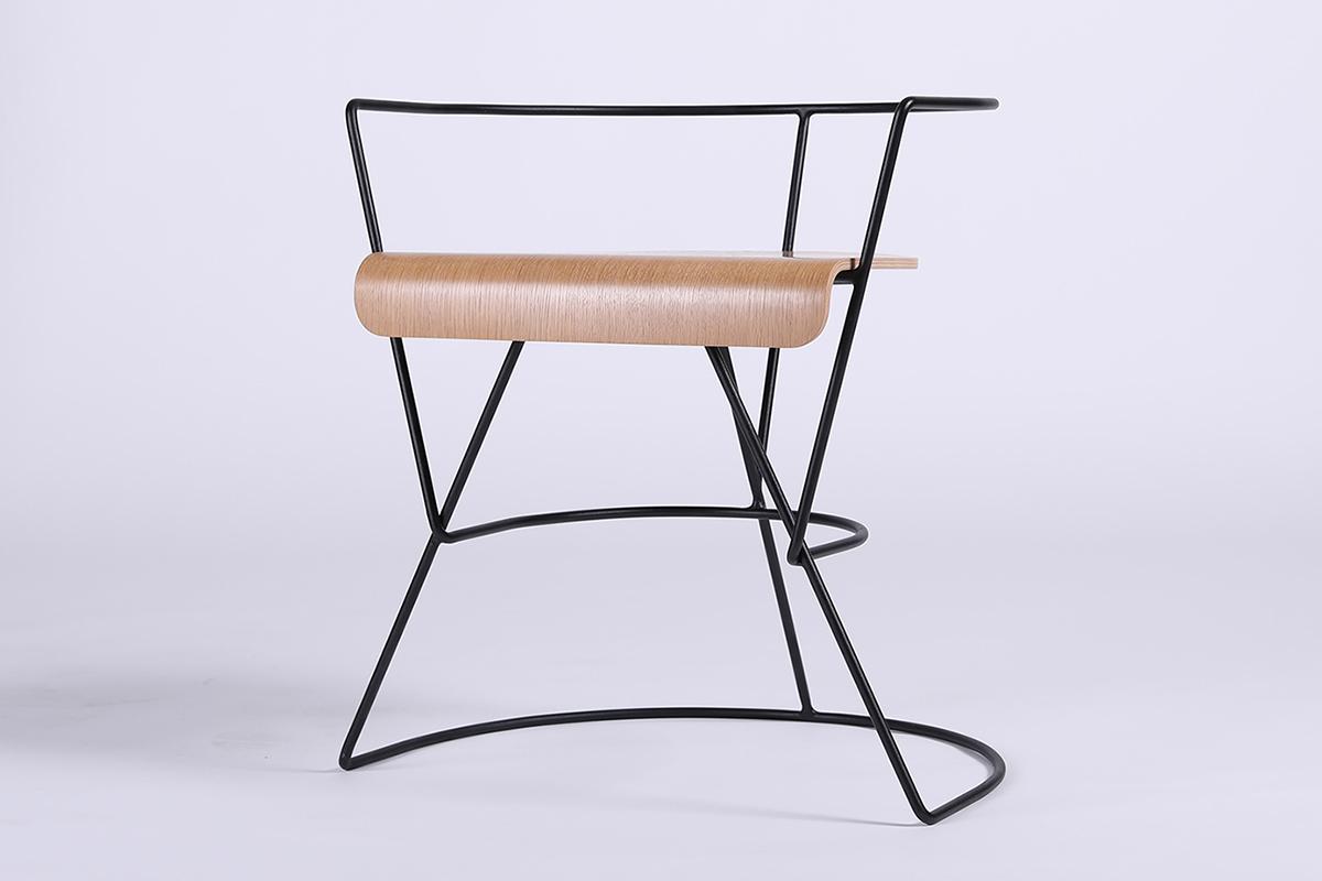 Patricius 1, la chaise graphique de Sergey Senchin