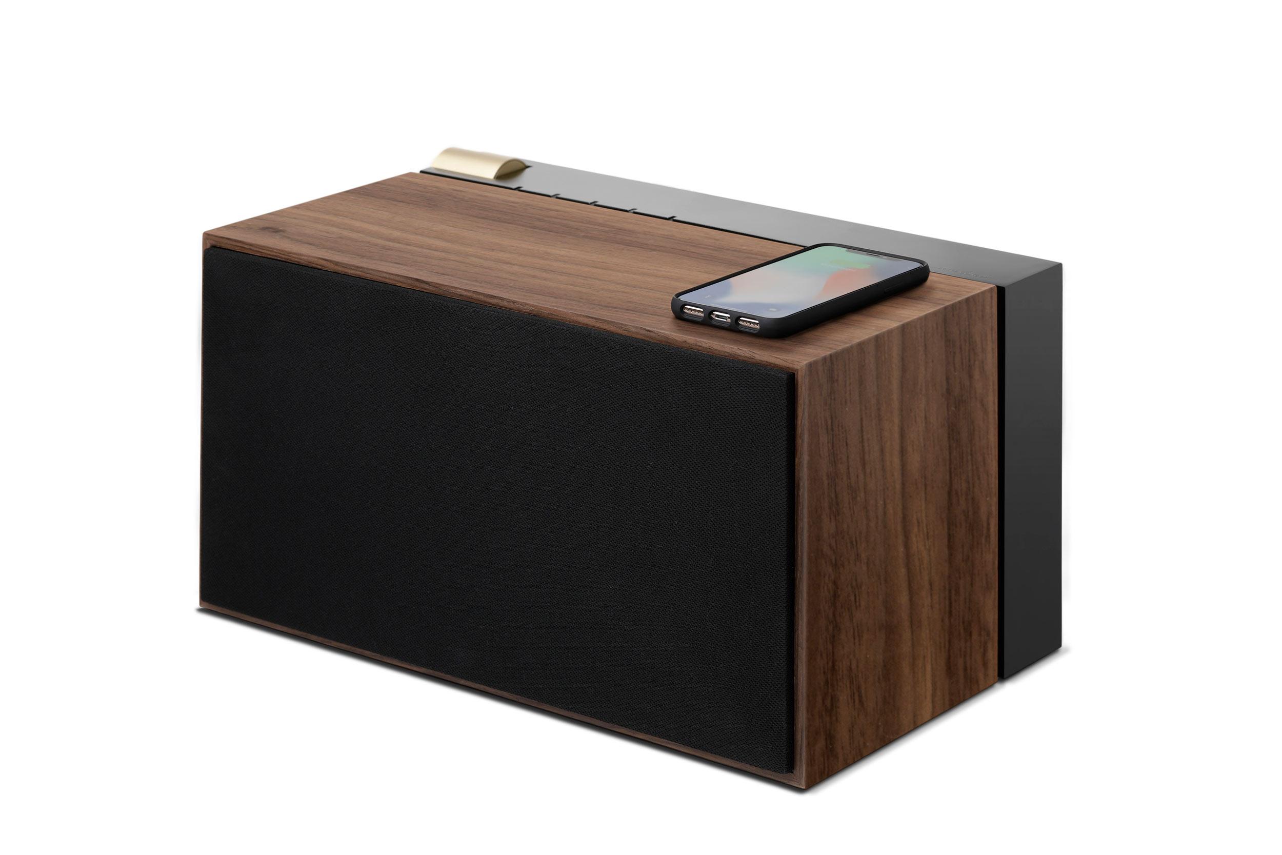 preview maison objet enceinte pr 01 par la boite concept. Black Bedroom Furniture Sets. Home Design Ideas