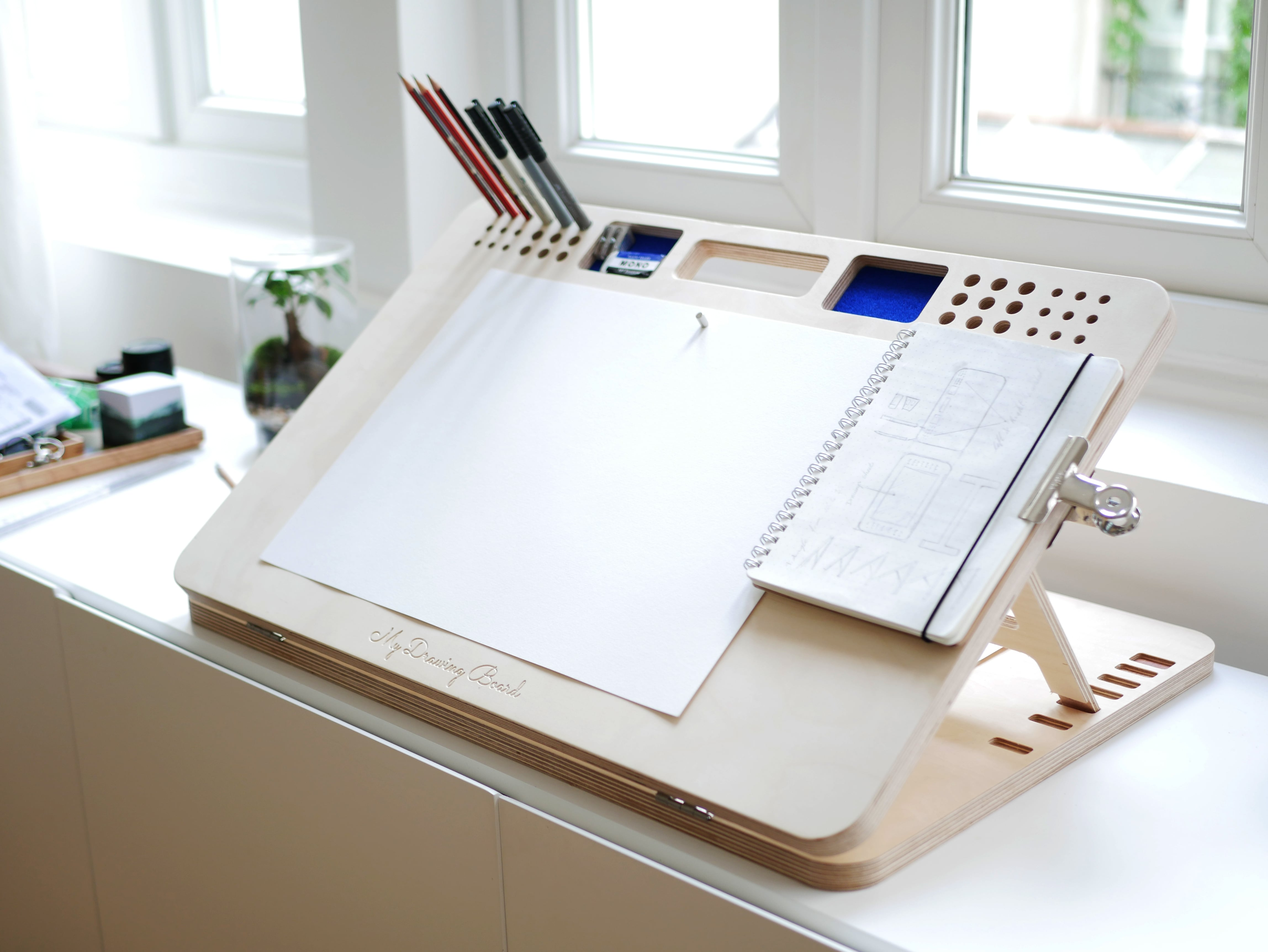 CONCOURS : Une table à dessin My Drawing Board à GAGNER