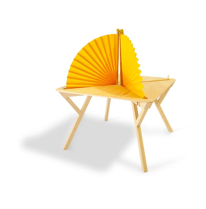 Magari : table à cloisons par William Le Bouquin