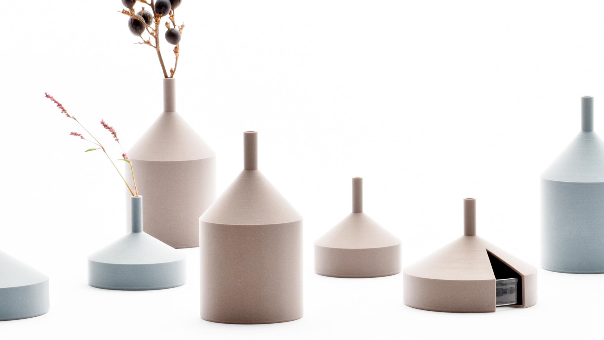 Unfinished vase par Kazuya Koike