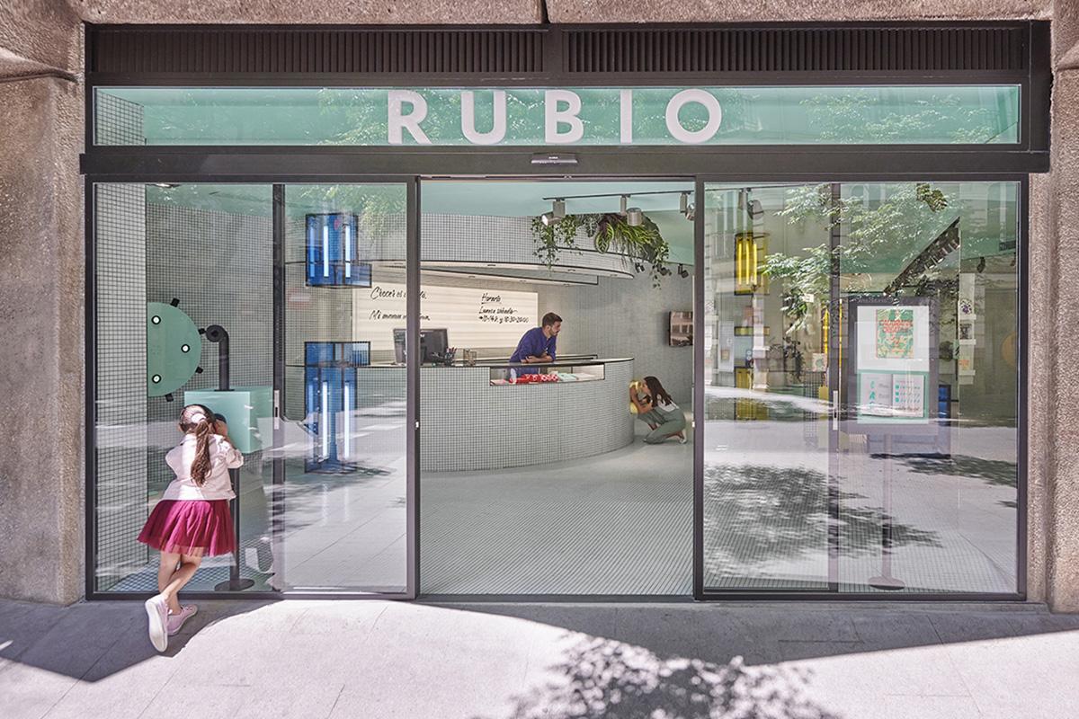 L'éditeur historique espagnol Rubio et son nouvel écrin en plein coeur de Valence signé Masquespacio